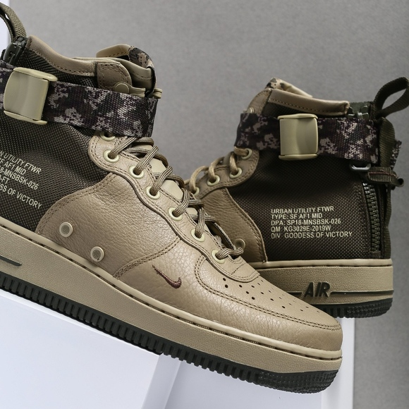 official photos ef3c4 a7f0c Nike SF AIR FORCE 1 MID Men's Sneakers Boots NWT